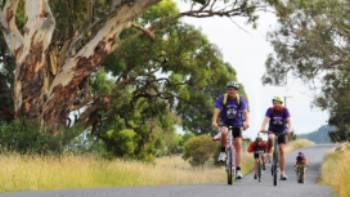 Cycling through the rural landscapes near Mudgee   Mudgee Region Tourism