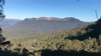 The ever present Mount Solitary viewed across the Jamison Valley | Andy Mein