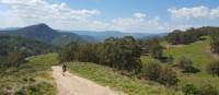 Spectacular views looking out towards Katoomba and the western escarpments of the Blue Mountains | Linda Murden