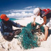Clearing nets and marine debris from the Arhnem Land coastline
