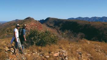 Trekkers at Counts Point on the Larapinta Trail | Liz Rogan