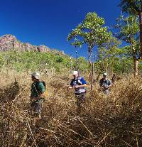 Trekking in the savannah of Kakadu |  <i>Rhys Clarke</i>