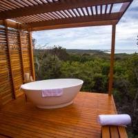 A luxury experience on the Bay of Fires Lodge Walk | Great Walks of Australia