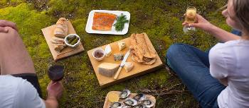 Picnic lunch on Bruny Island Walk